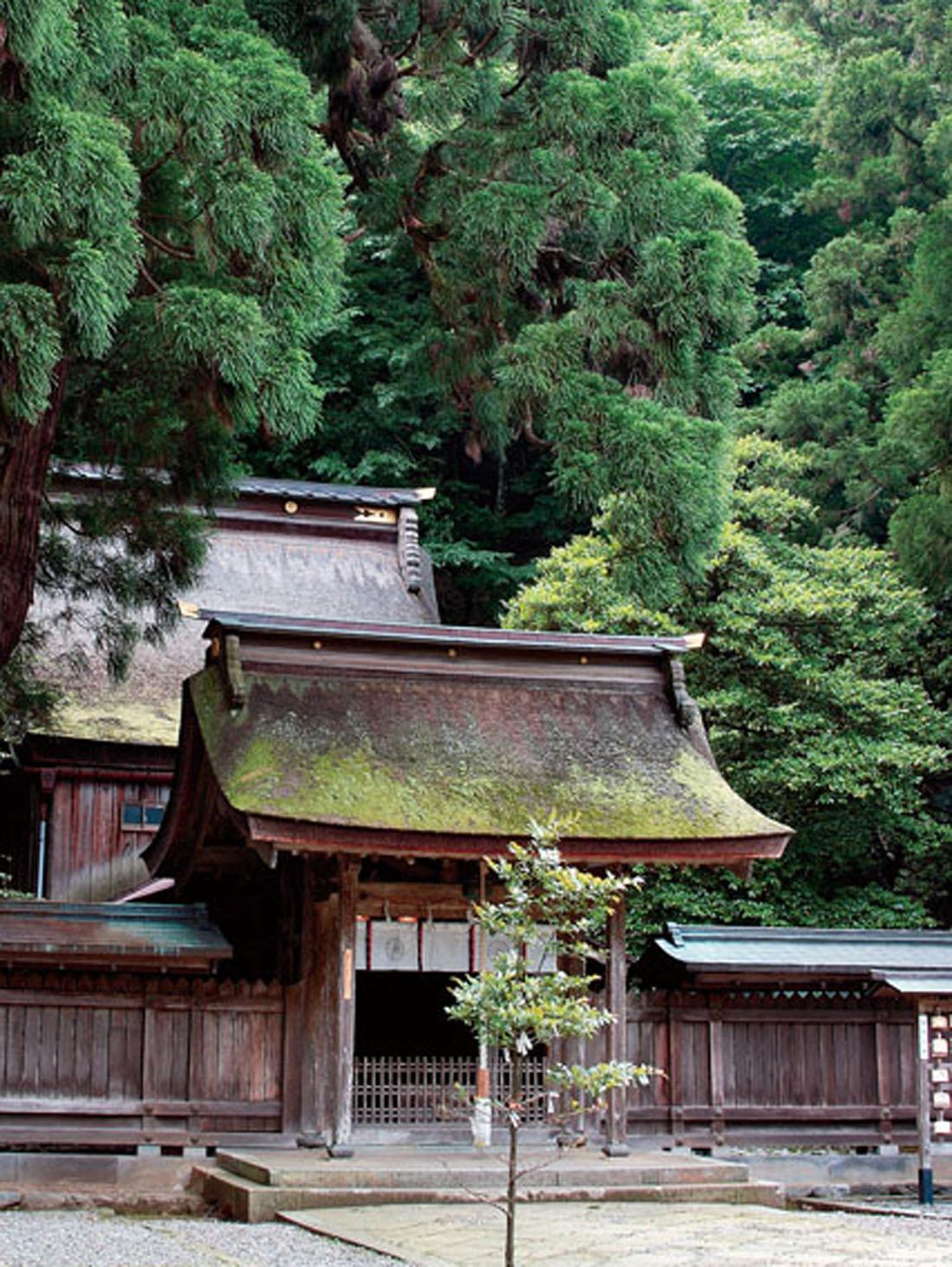 若狭彦・姫神社