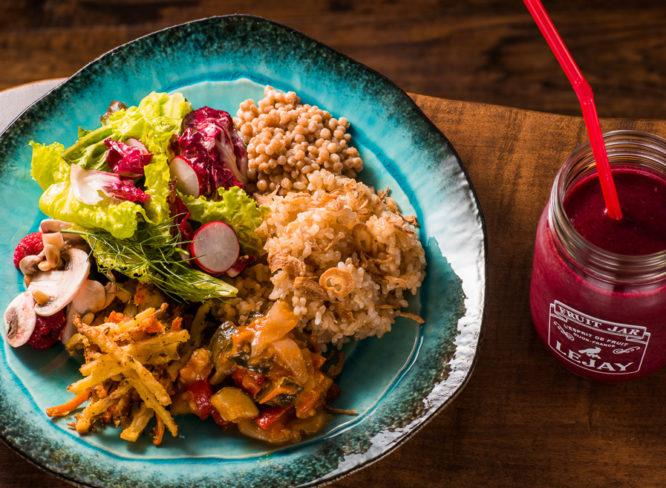 旬野菜たっぷりのカフェ&バーでカラダの中からキレイに!|ベジス