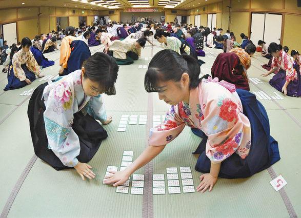 【地域】令和初タイトル懸け熱戦 全国かるた女流選手権