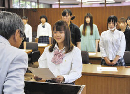 【地域】JK課 6年目始動 鯖江市長、メンバーに委嘱状