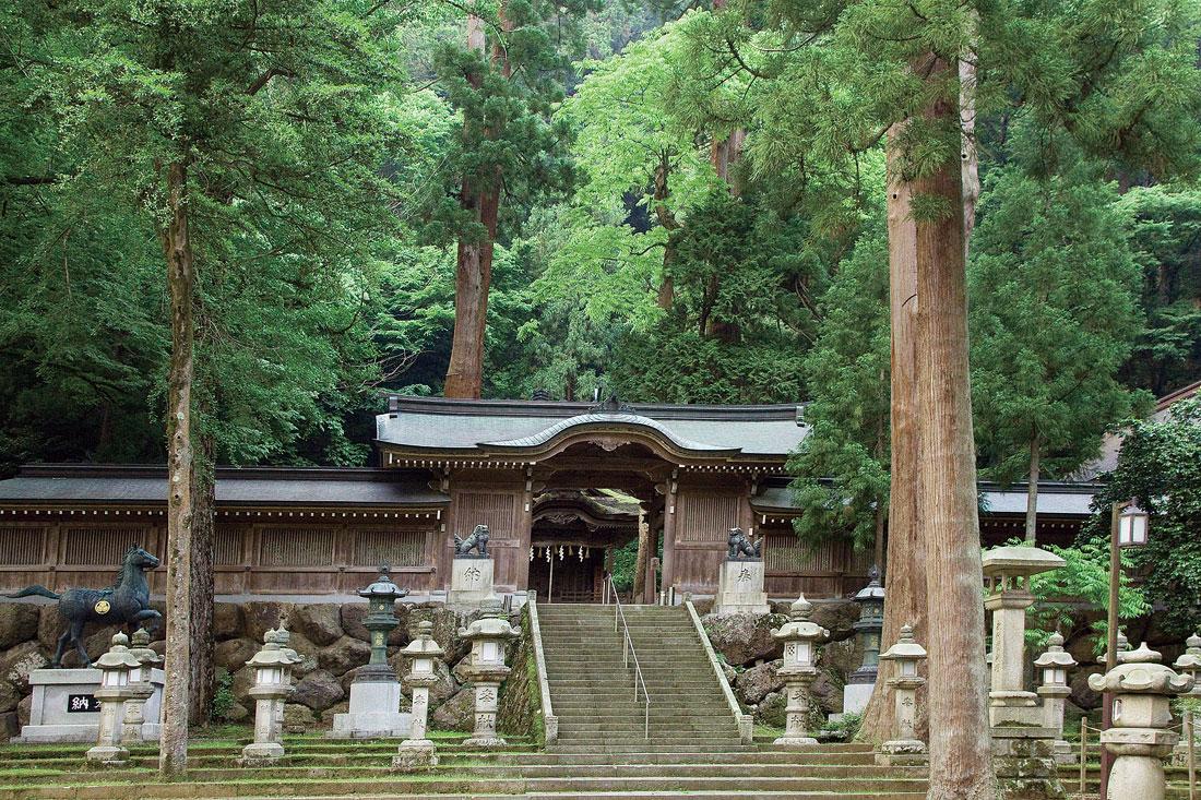 紙祖神 岡太神社・大瀧神社