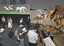 最新の恐竜脳研究を解説 きょうから特別展 恐竜博物館