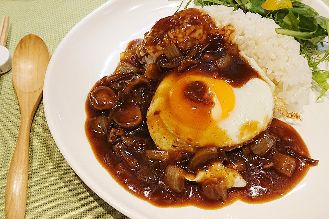『 田中マネの食堂 』 水曜日のランチメニュー「豆腐ハンバーグロコモコ風」