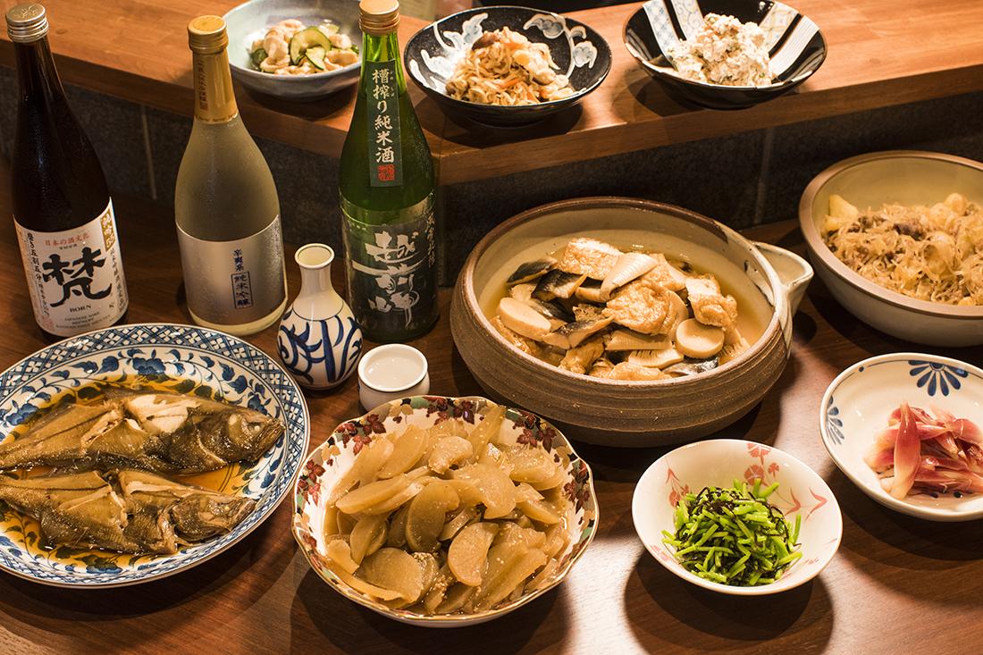 『 田中マネの食堂 』