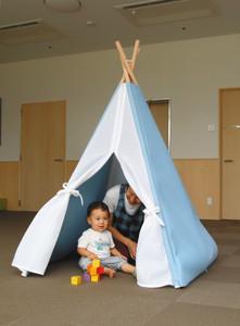 ジャクエツなどが開発した吸音性のテント型教具「カルム」 敦賀市市野々の第二早翠幼稚園で