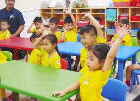 【地域】鯖江の元教諭・岩堀さん カンボジアの教壇へ