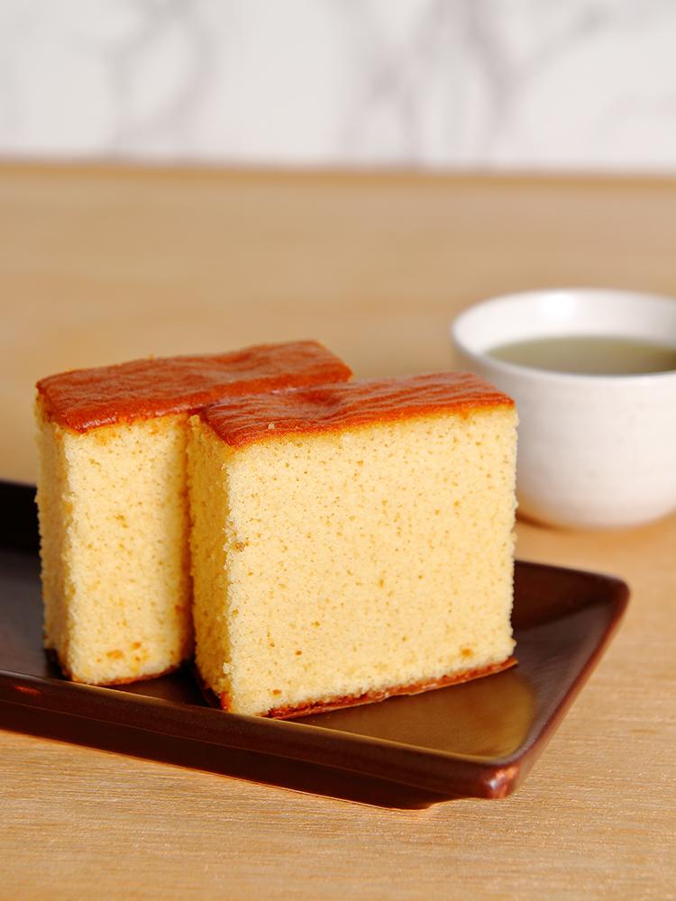 竹内菓子舗の五代目の米粉カステラ