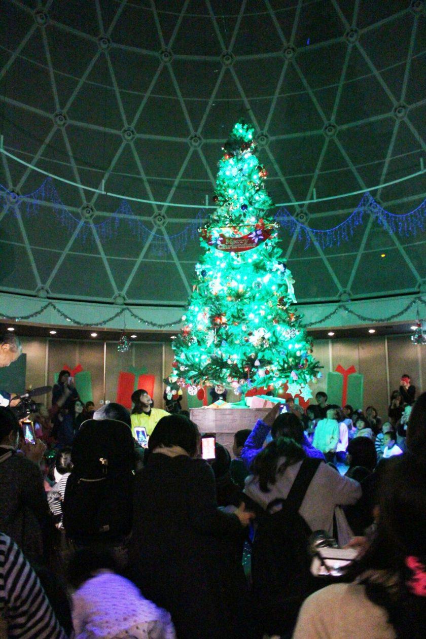 クリスマスツリー点灯式&ゴスペルコンサート