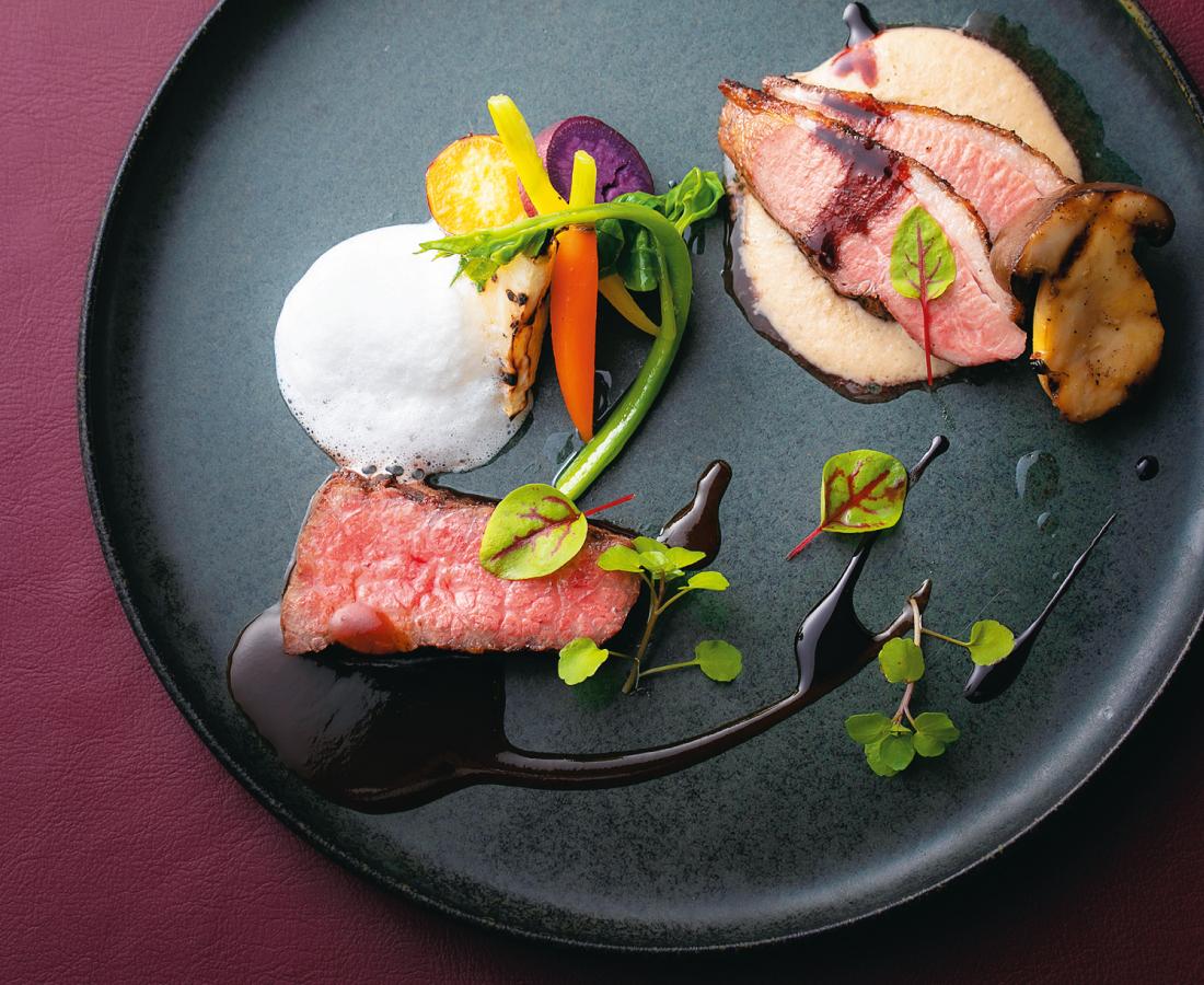厳選素材と地元野菜を贅沢に使った本格フレンチをカジュアルに。|L'ajitto