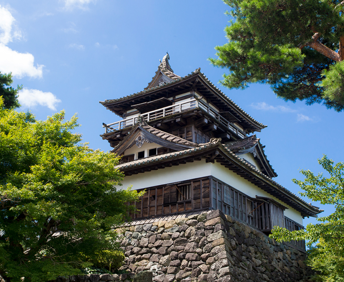 日本最古!?の天守閣をもつ丸岡城に登り、気分はもう戦国武将!