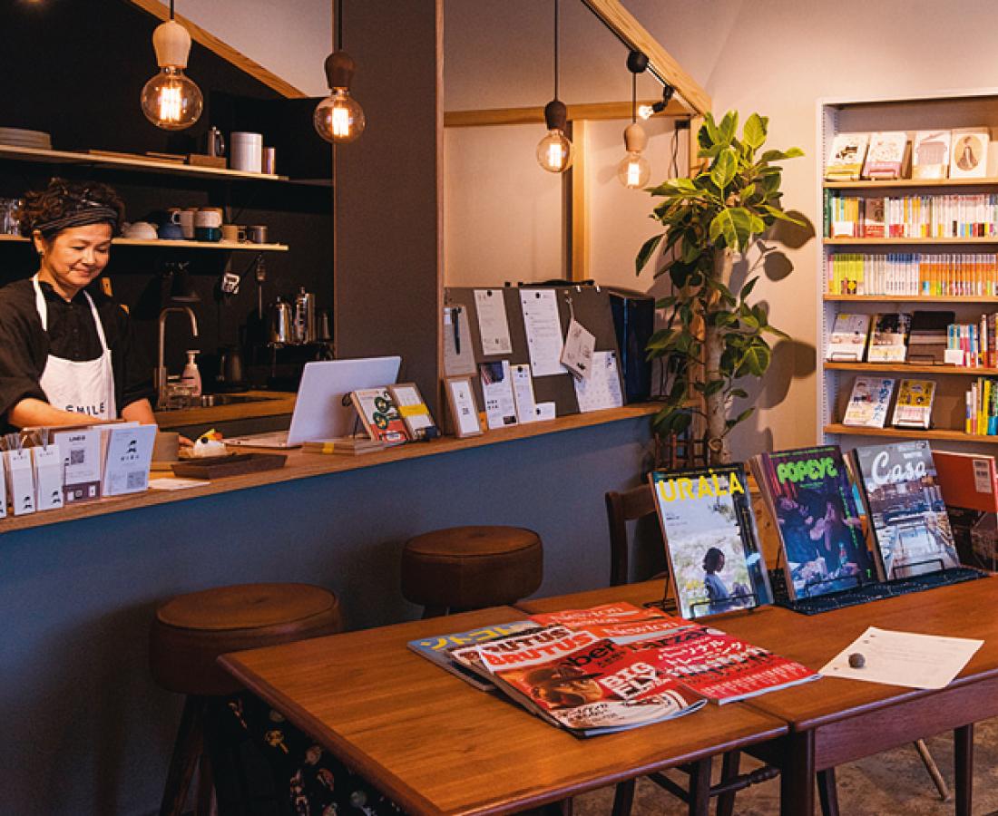 映画「ちはやふる」のロケ地にもなった老舗の本屋さん。|富士書店