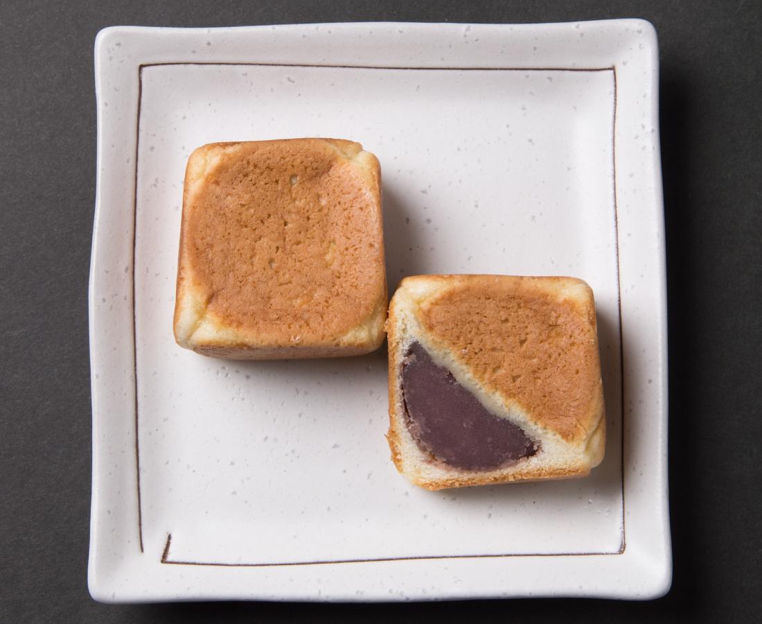 今日のおやつは、大次郎の六方焼♪