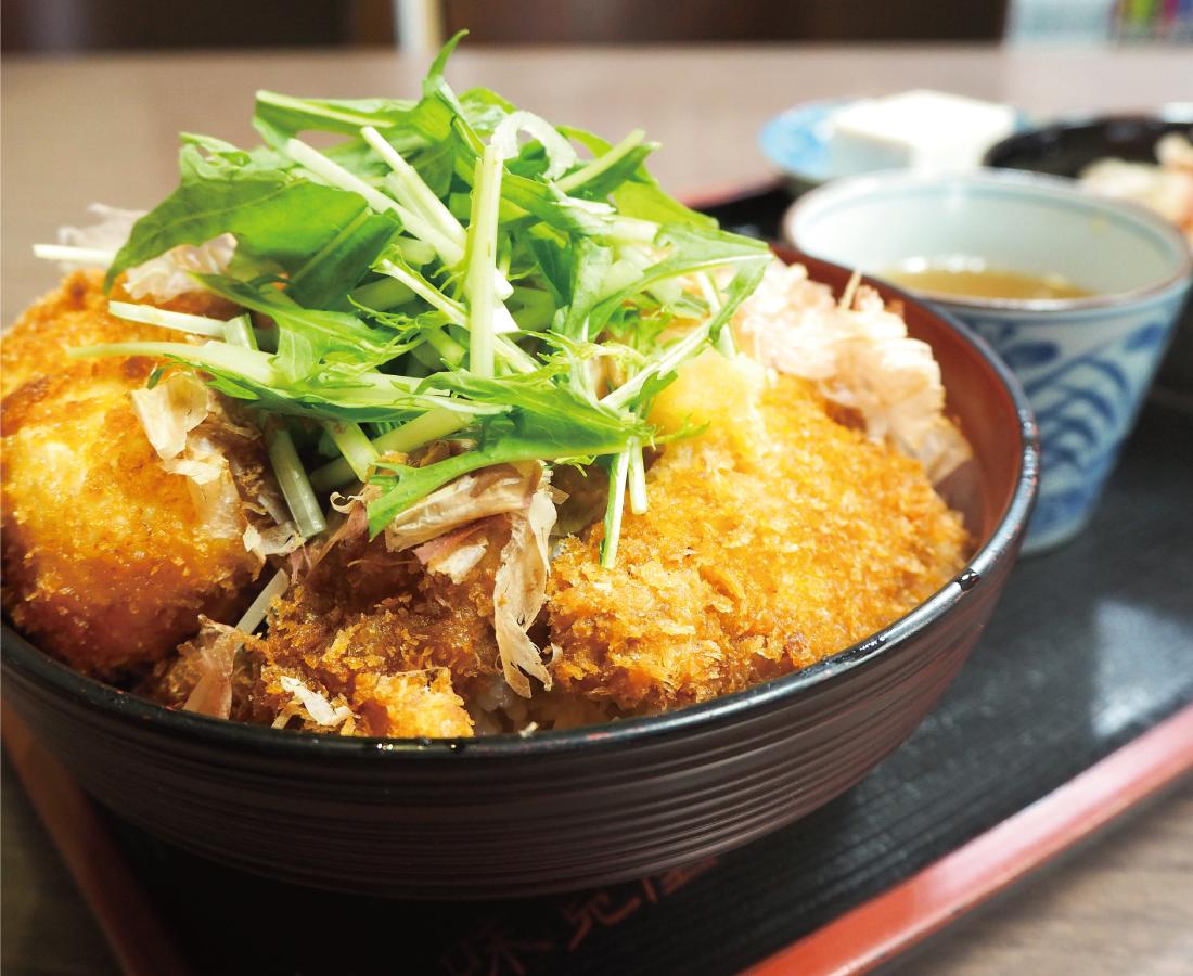 創業120年の老舗で味わう、福井の新名物。│『味見屋』醤油カツ丼
