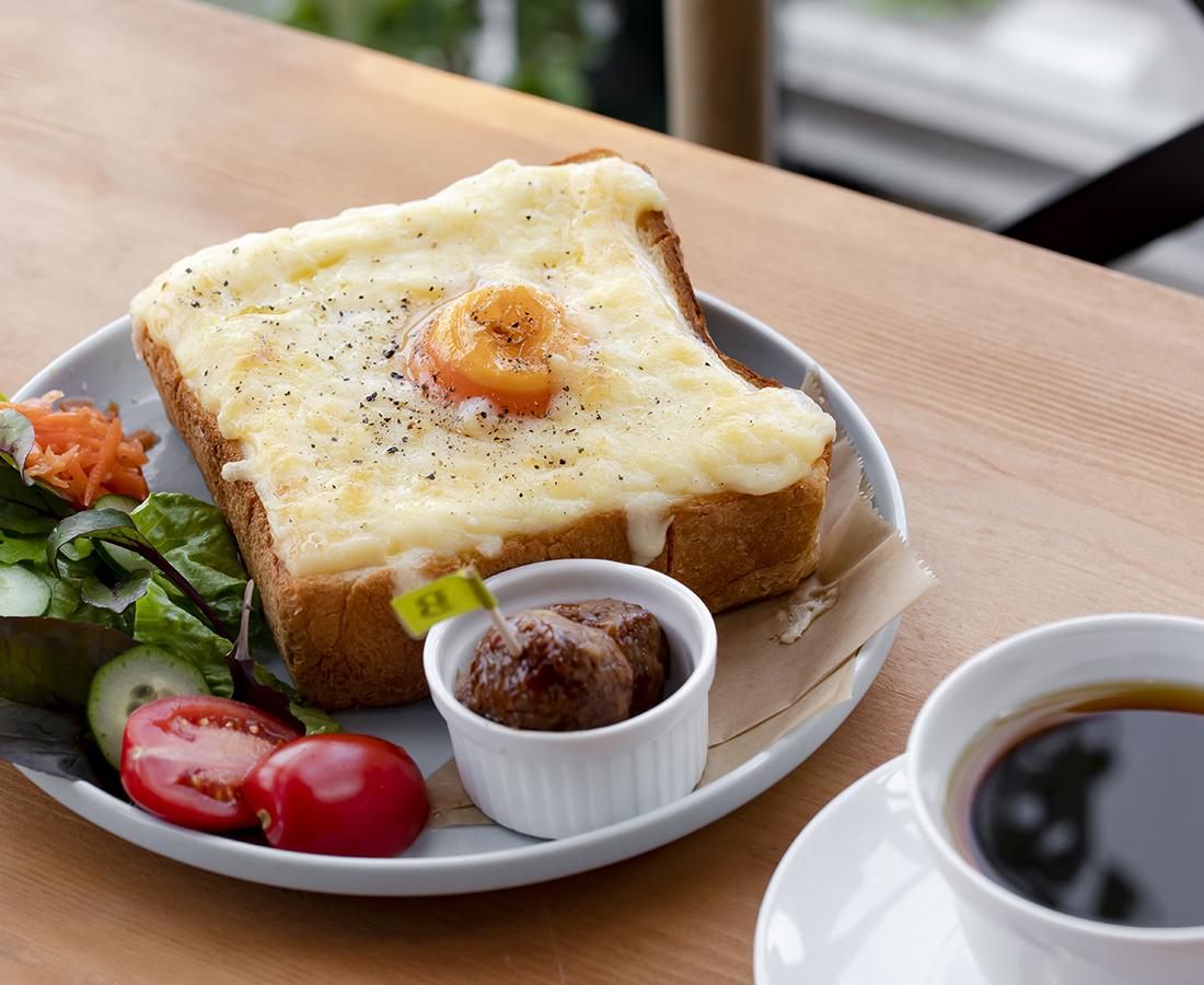 【Open】男の人も気軽に行ける、 倉庫をリノベーションしたおしゃれなカフェ|B cafe