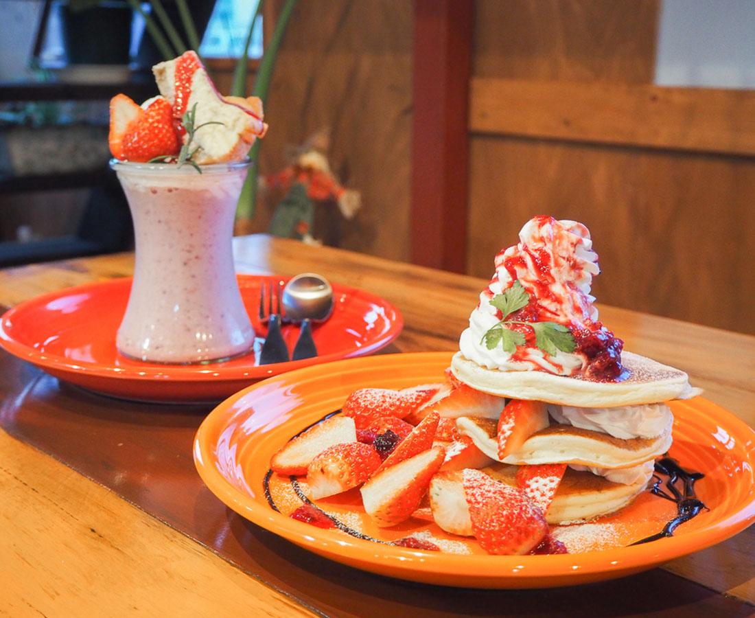 もっちりパンケーキも♪『タビーズカフェ』でインパクト抜群なアメリカングルメを堪能!