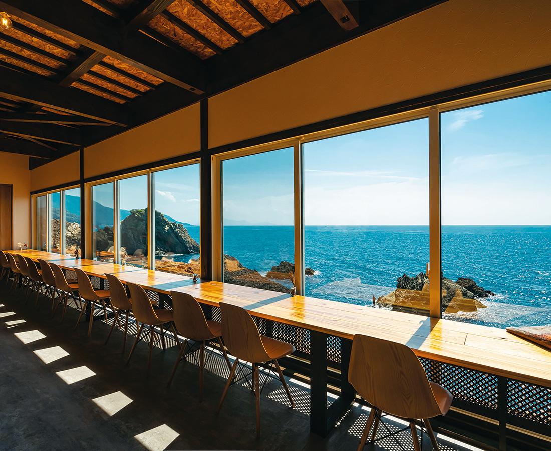 海の見える蕎麦cafeで過ごす癒しの時間。│蕎麦cafe Maruta屋