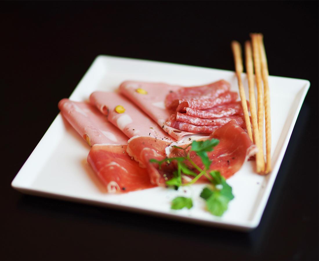今日のディナーは新料理長・新メニューになった「桜ばし」へ♪│ホテルリバージュアケボノ