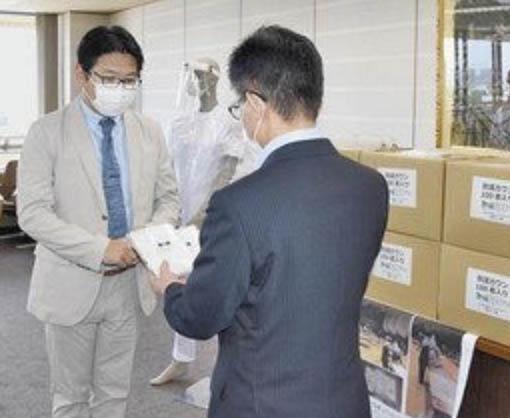 医療ガウン600着手作り 敦賀のNPO、県に提供