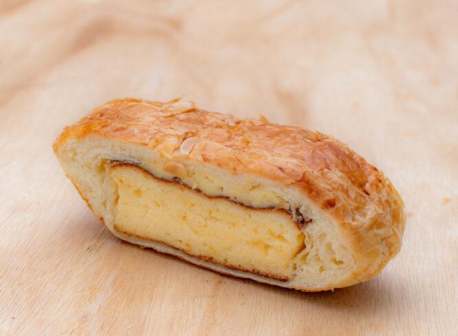 食べ応えも満点! デニッシュでスポンジを包んだちょっぴり懐かしい逸品|パン工房 セタロウ