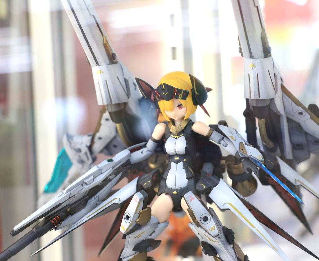 美少女×ロボットがムーブメント!! プラモデルの新境地を組み立てる。