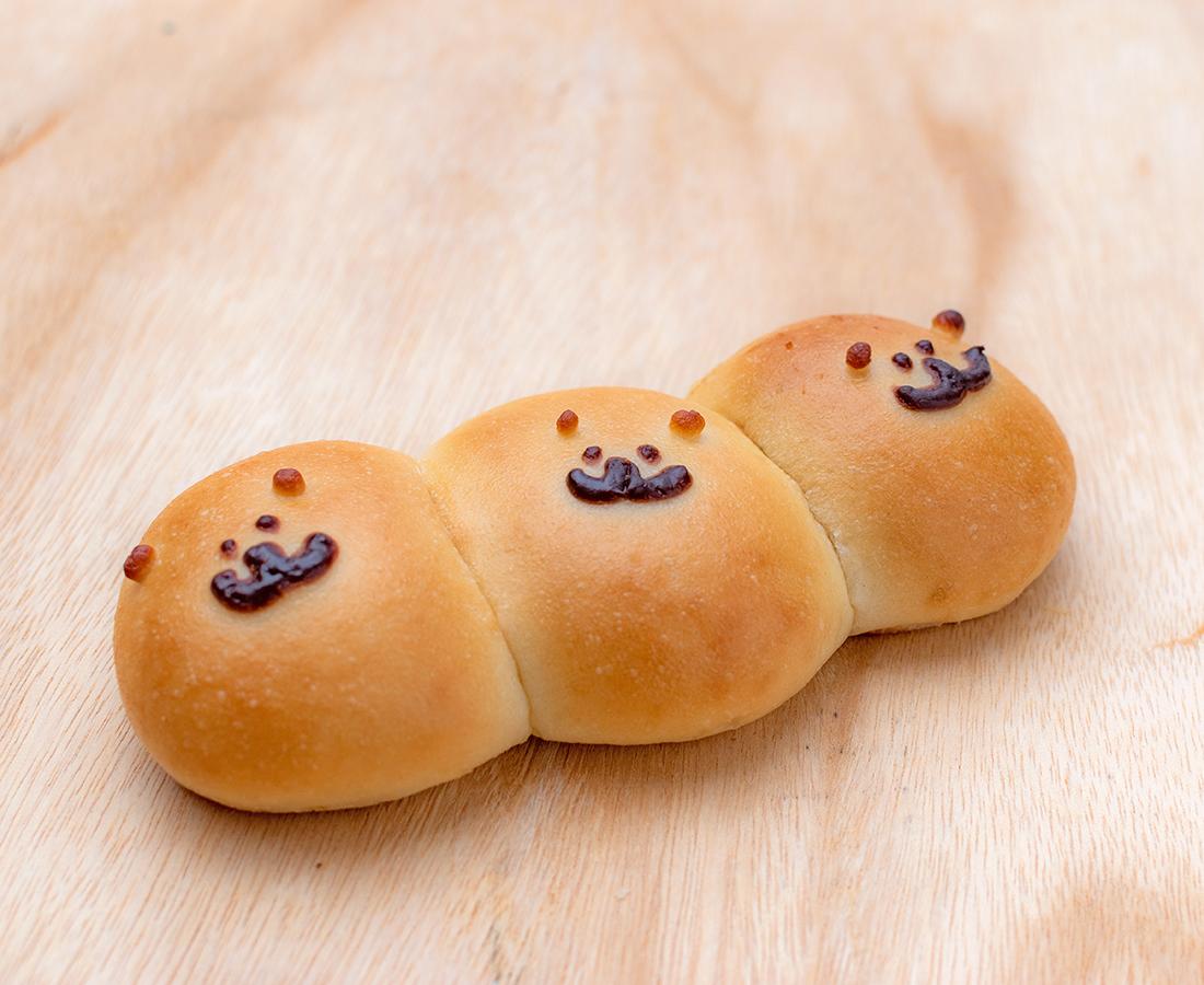 それぞれ異なるフレーバー。3匹の可愛いくまちゃんに一目惚れ♡|米パンの店 ぱんて