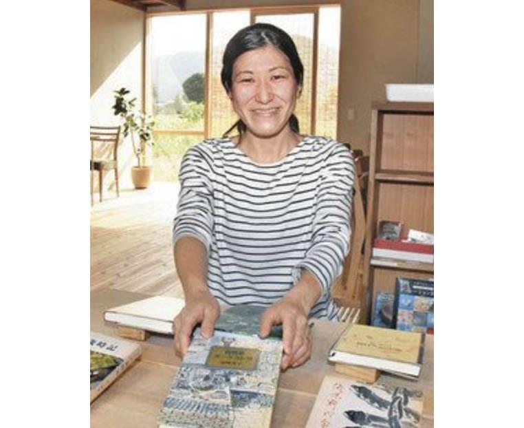 力を抜く時間過ごして 池田に初の本屋カフェ 転職機に移住 柴田さん開店