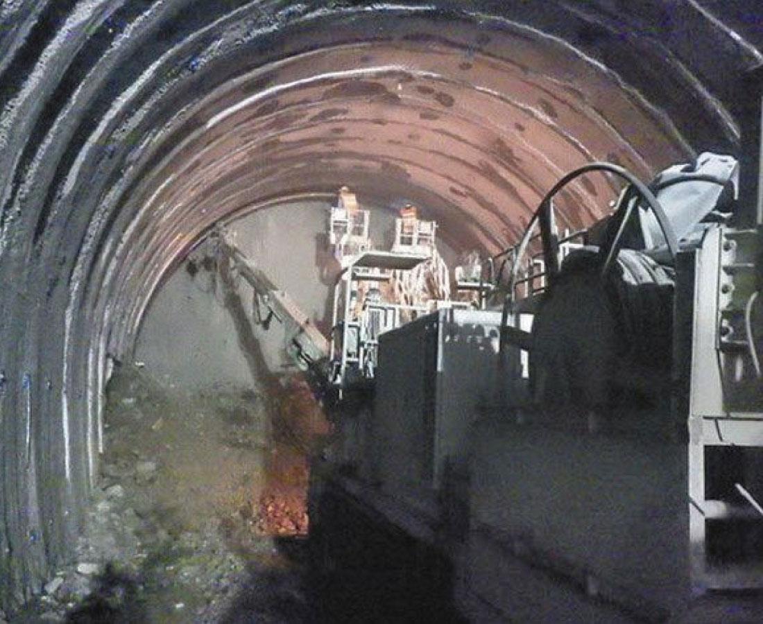 新北陸トンネル、10日貫通 南越前ー敦賀を結ぶ19.8キロ