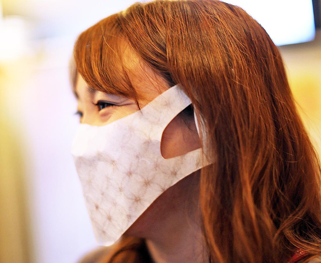暑い夏でも快適に! 和紙の魅力が満載の福井産マスク。|和紙シールドマスク