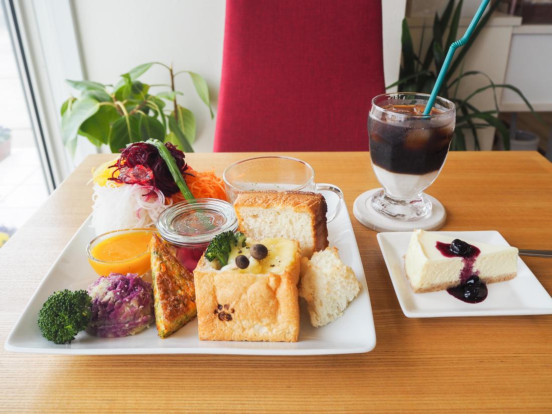 KAWAINOUEN + café(かわいのうえんプラスカフェ)/三国町