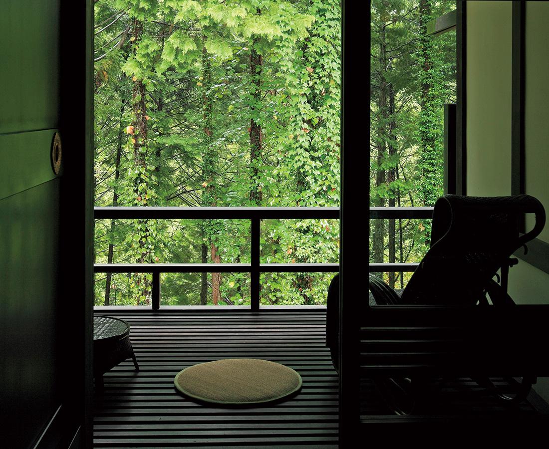 月刊ウララ9月号特集 最高のローカルを往く『北陸温泉宿の旅』から厳選宿をご紹介