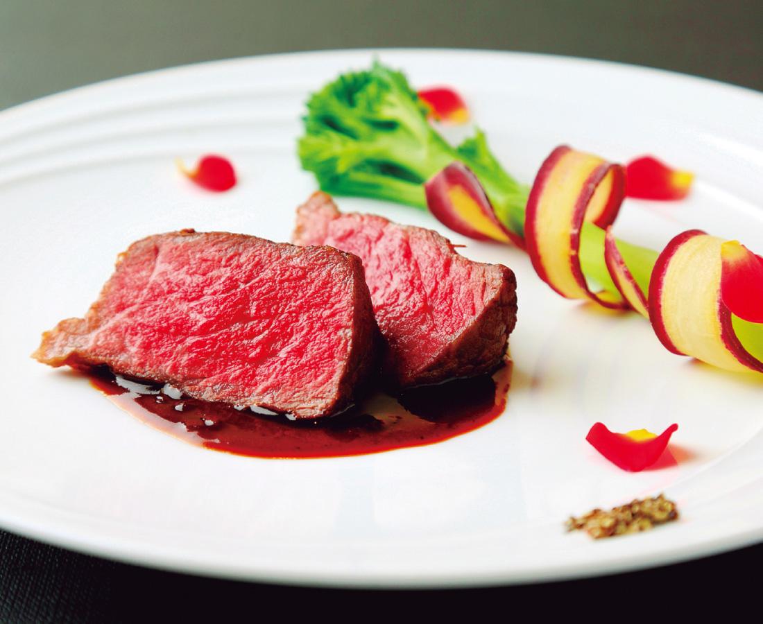 東京の名店で料理の真髄を学んだ 藤井恭祐氏のクリスマスディナー|Salle à manger F(サラマンジェフ)