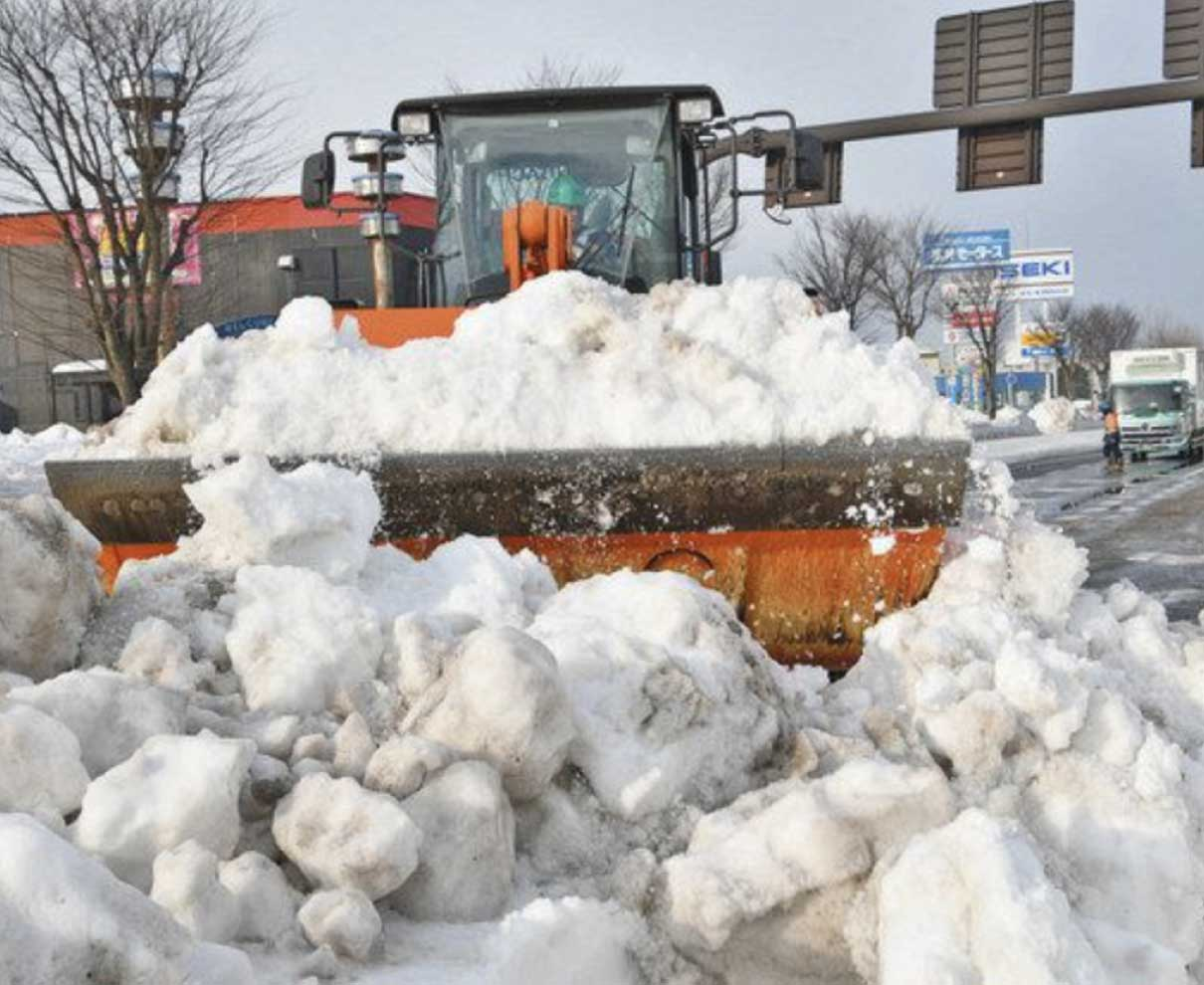 国道8号拡幅完了へ 除雪進む県内