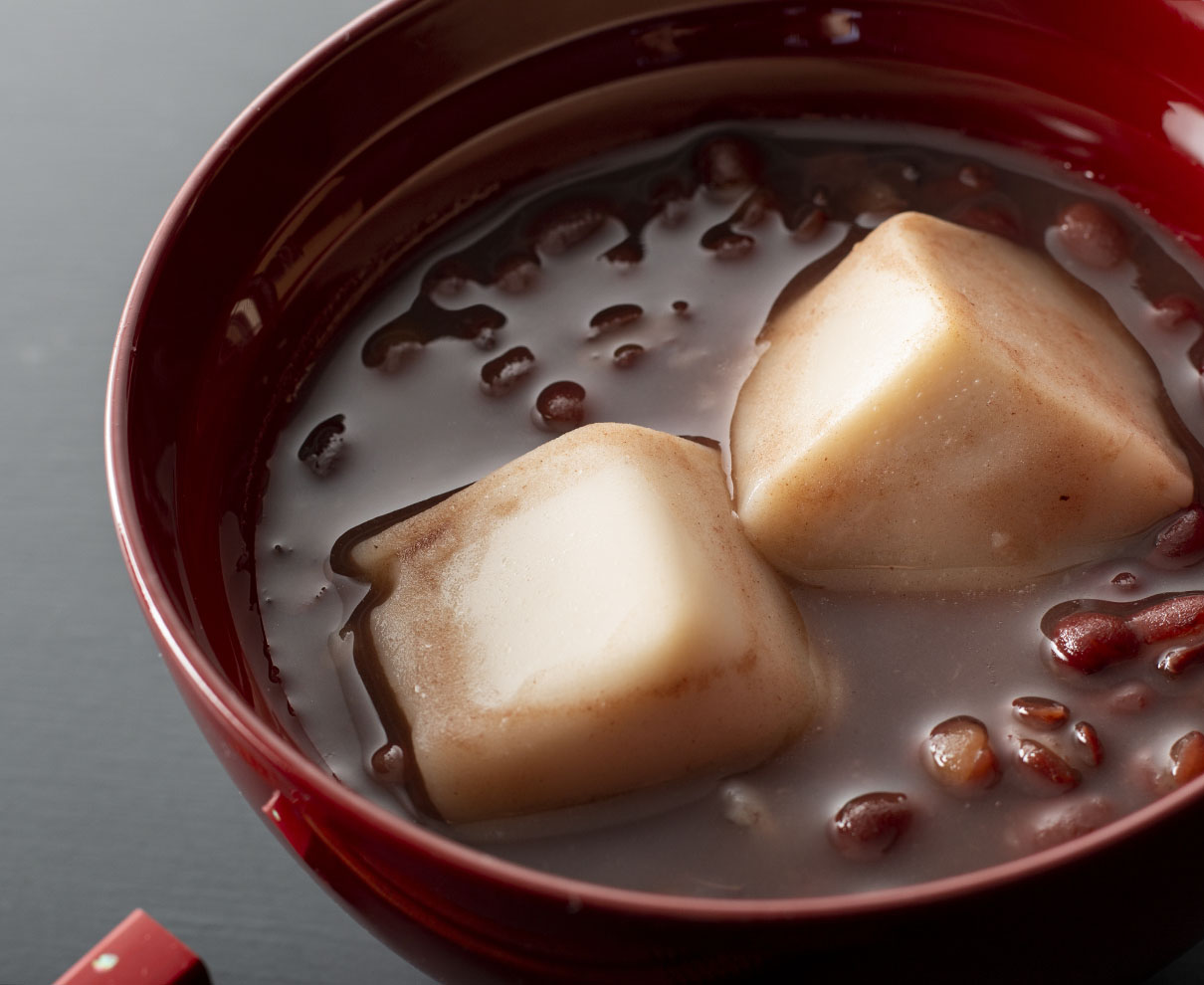 今日のおやつは、永平寺胡麻豆腐の里 團助の胡麻豆腐入りぜんざい♪
