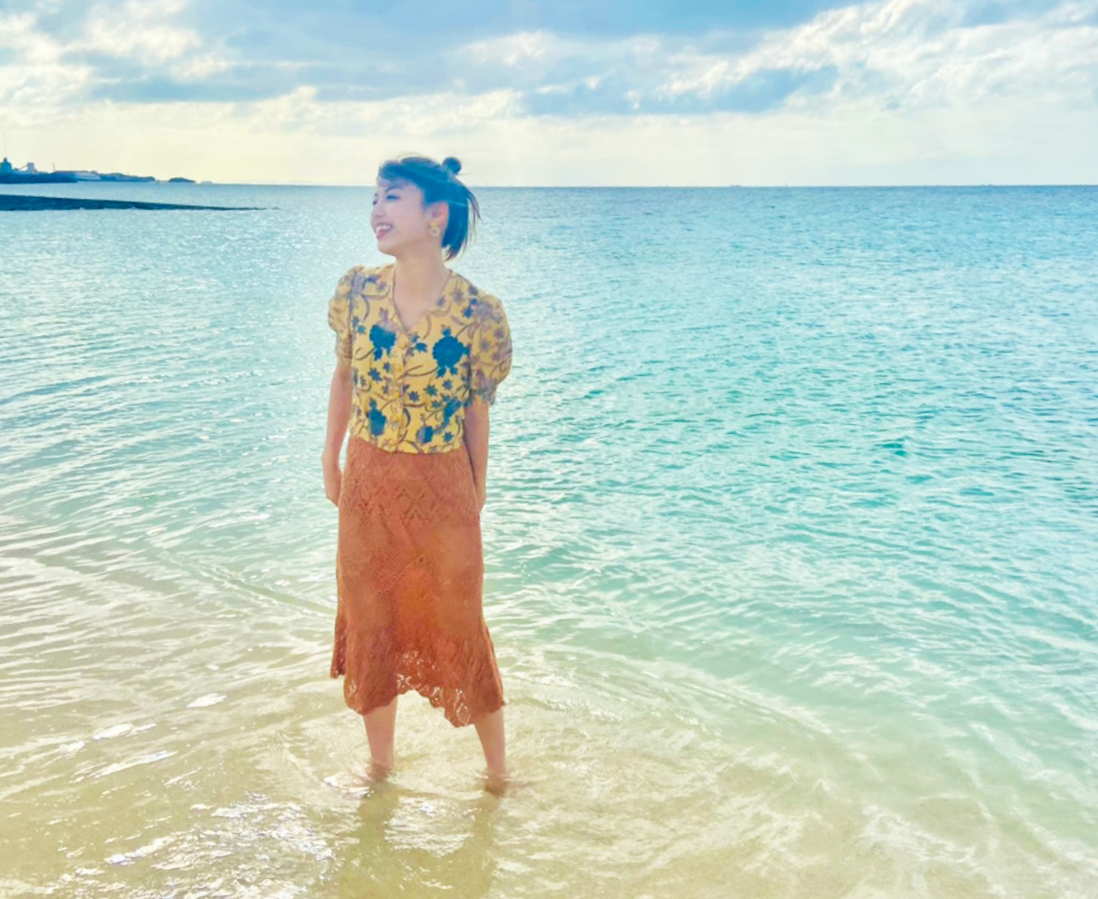 日帰りの沖縄ロケは短い時間だったけど、大好きな海にご当地グルメと最高でした!