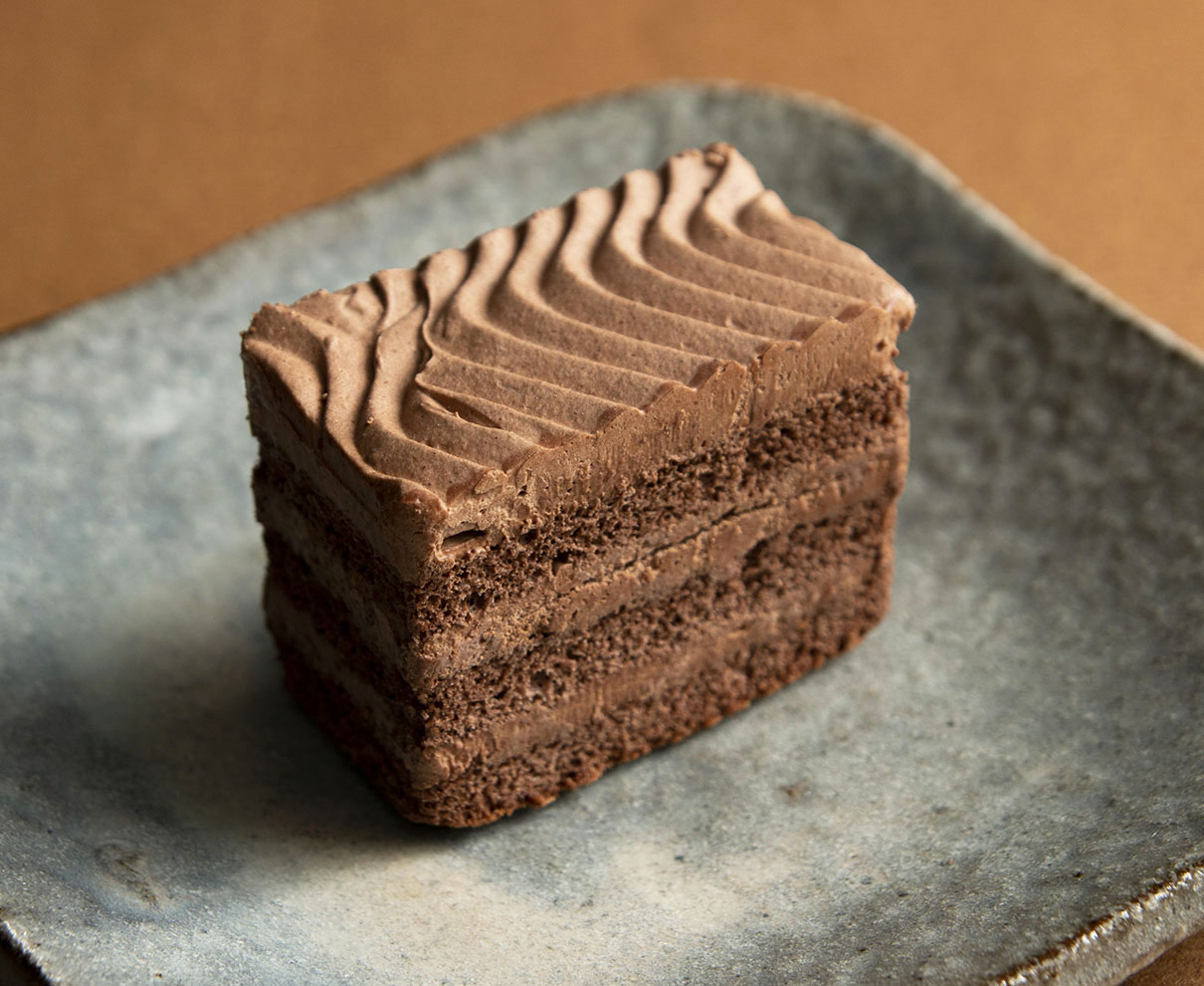 今日のおやつは、セーレンプラネットで買えるスペースフード(チョコレートケーキ)♪