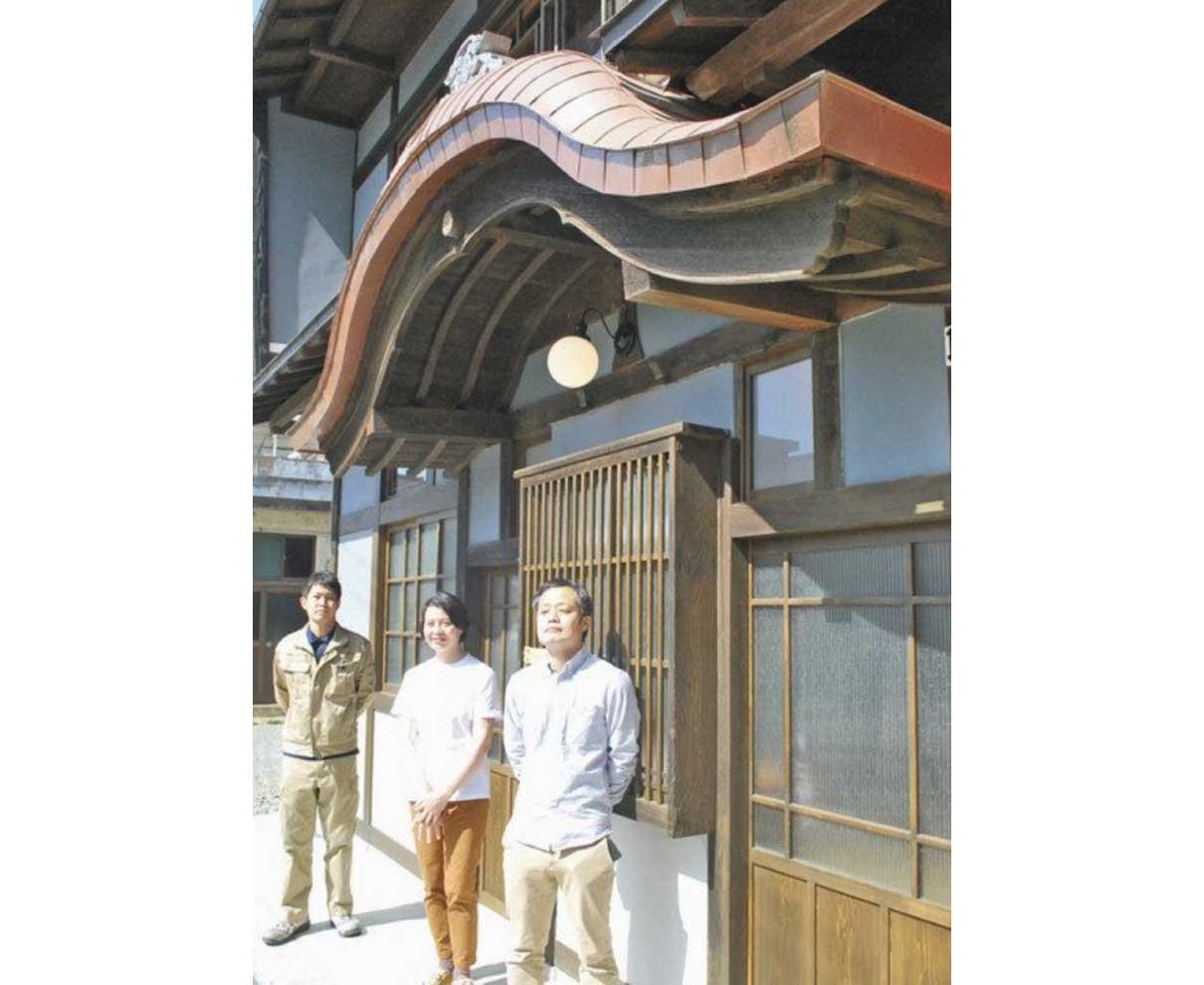 小浜の旧銭湯レンタル 料理教室や会議室に改修 保全活動3人