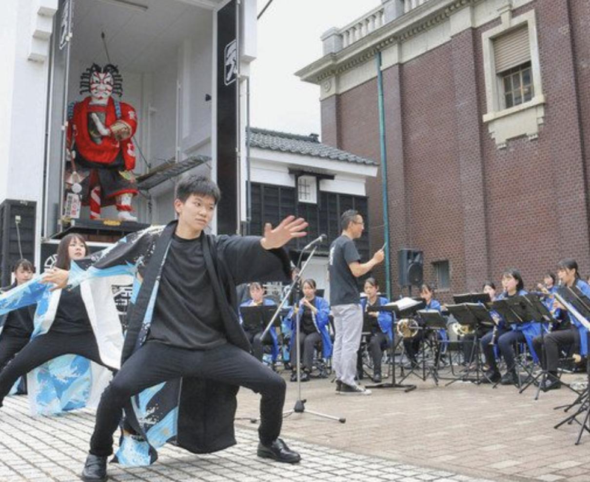三国旧市街地 華やかな音色 8団体で音楽祭