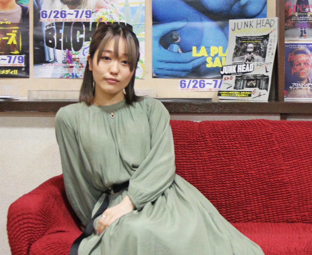 オール下北沢ロケの映画『街の上で』出演の福井出身女優・上のしおりさん来場!|メトロの灯