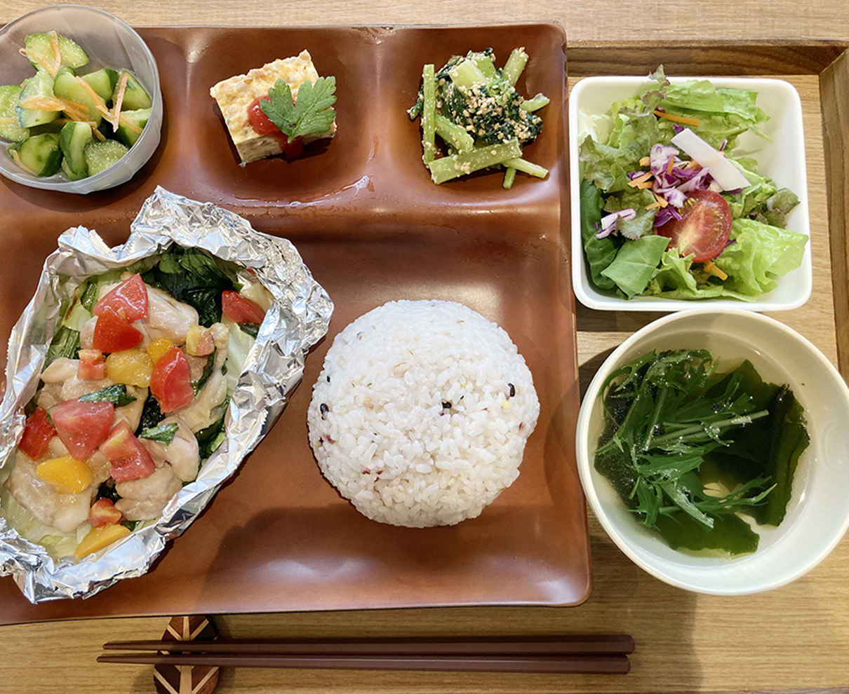 ベジテラスでランチ! 7月の「ベジもりプレート」の新メニューは夏野菜が盛り沢山!