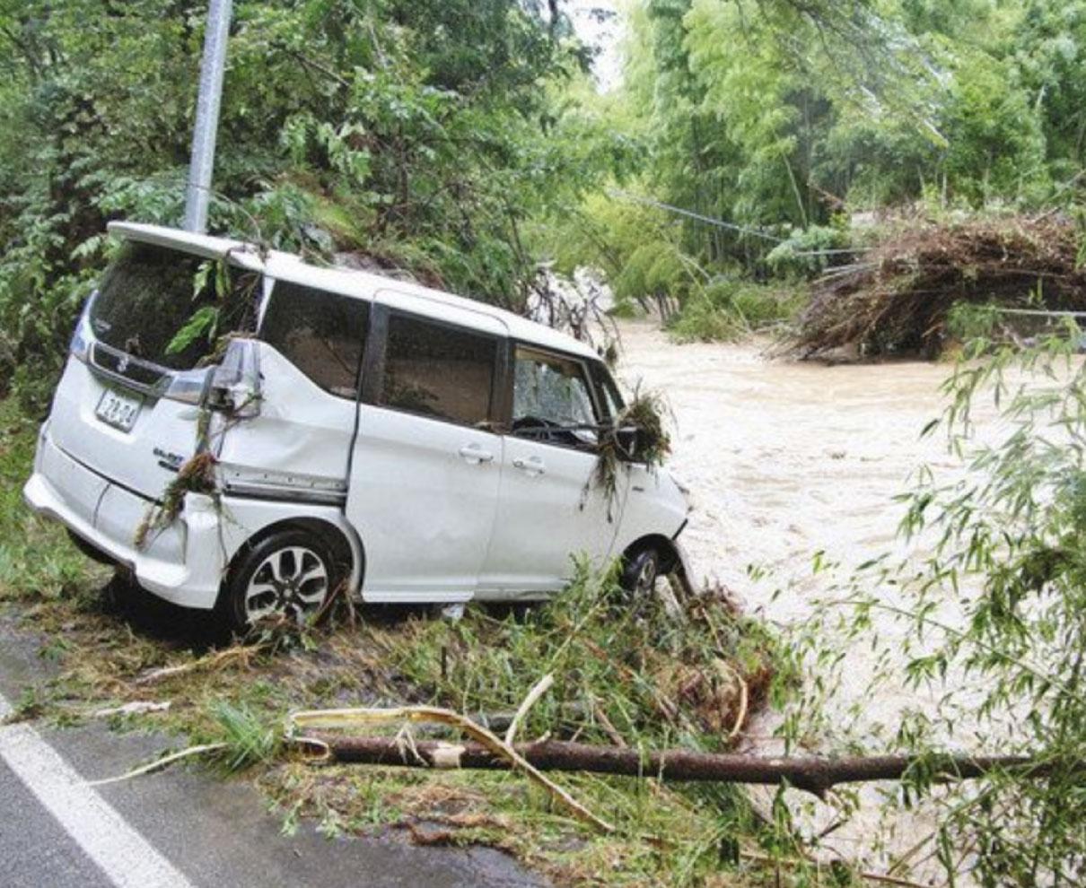 福井、鯖江、越前町 記録的大雨 一時8万人 避難指示