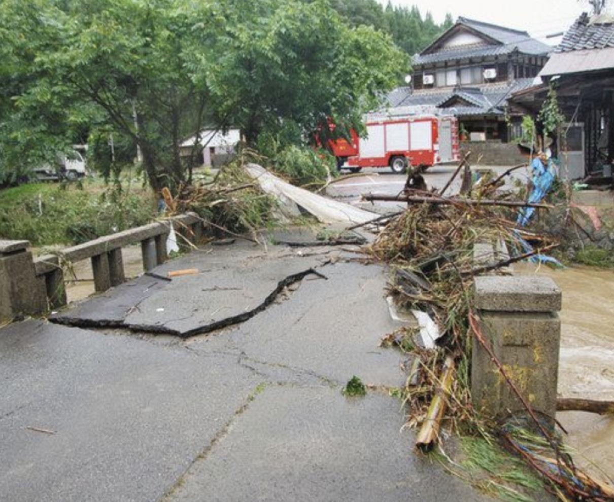 越前町ルポ 住民「道路が川に」 避難する間もなく濁流押し寄せ