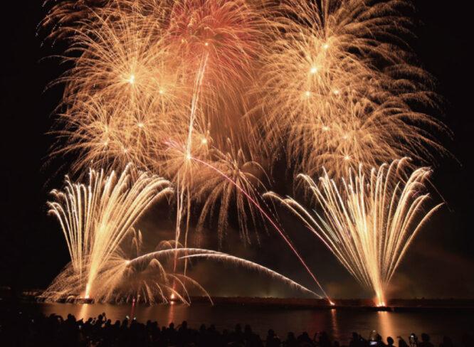 【8/14】越前町・夏の夜空に1979発の花火。『越前華火2021』。クラウドファンディングで開催資金募る