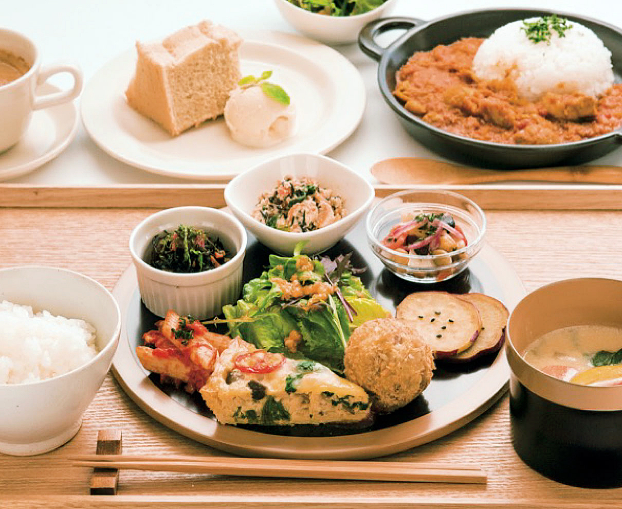 池田町『wacca cafe(わっかかふぇ)』で、のんびり「月替わりランチプレート」を楽しむ癒しの時間。