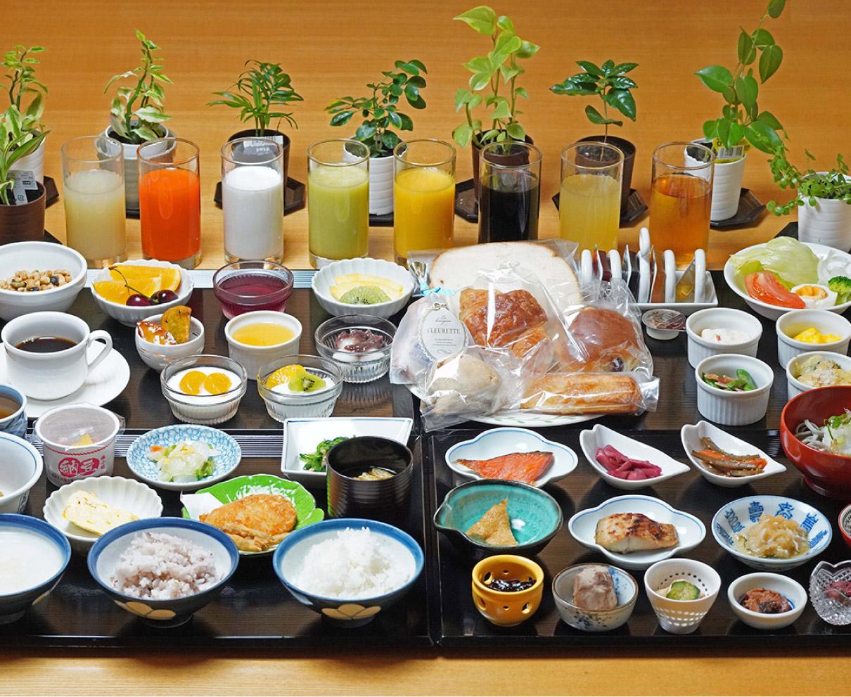 手作りお幸ざい小鉢盛り!ふくいdeお得キャンペーンを使ってお得に人気の朝食を|ホテルリバージュアケボノ