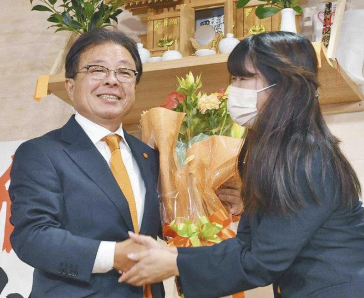 「夢と希望持てる市に」 越前市長選、新人山田さん当選